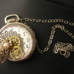 BEE ON TIME STEAMPUNK PENDANT