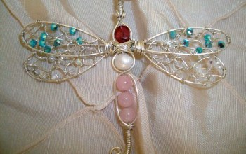 Lady-Dragonfly-Gemstone-Swarovski-Crystal-Wire-Wrapped-Pendant