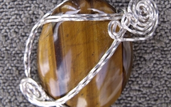 Tigers-eye-pendant