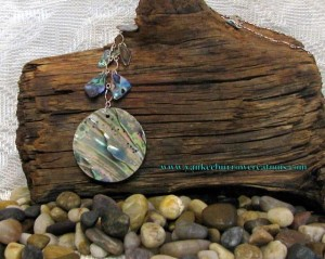 Lovelyl handmade necklace by Yankee Burrow
