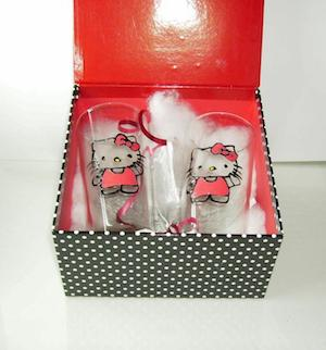 Hello Kitty hand painted glasses in a gift box by Handpainting888