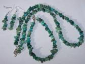 1091 Turquoise and Dyed Howlite Necklace Bracelet and Earring Set