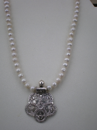 sterling silver pendant and pearl neckace