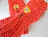 Knit flower power fingerless texting gloves