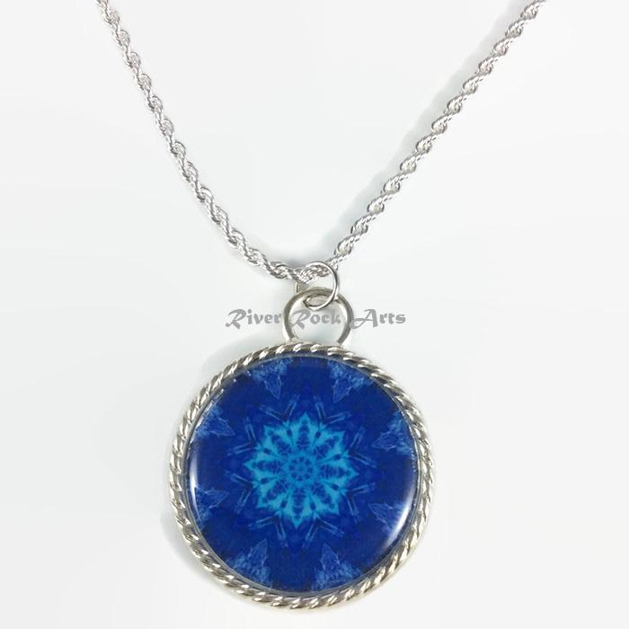 Blue Mountain Snowflake Silver Plated Rope Edged Art Necklace