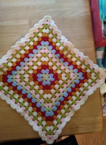 baby doll granny square blanket