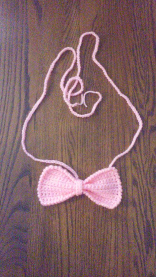 crochet pregnancy announcement pink bow