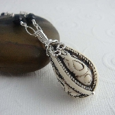 marrakesh black and white wire wrapped necklace