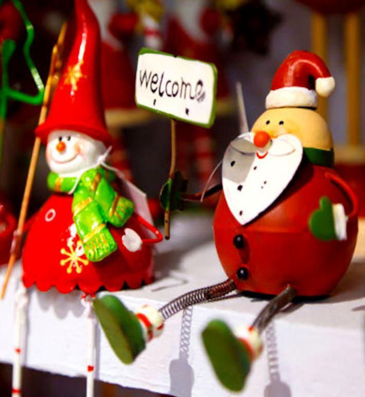 Welcome Santa Cross Stitch Pattern