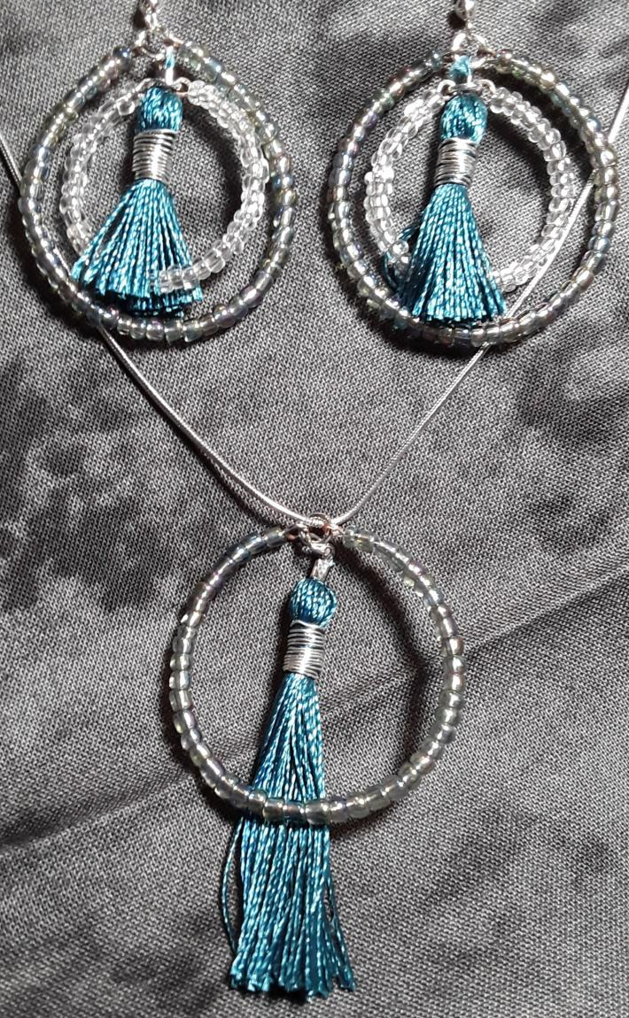 Iridescent grey white and teal set
