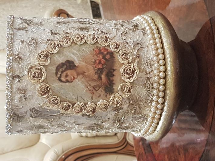 Luxurious vase