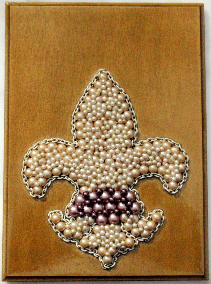 Pearly Fleur de Lis Assemblage Plaque Wall Hanging Decoration Mixed Media Recycled Reclaimed