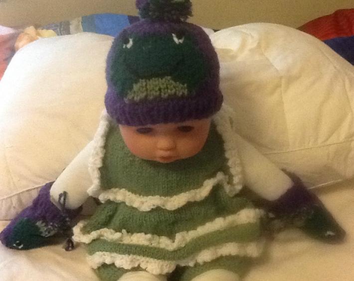 Newborn frog hat ser
