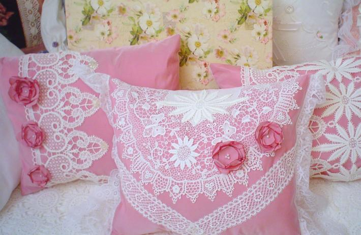 Pink roses vintage barkcloth cottage chic shabby pillow