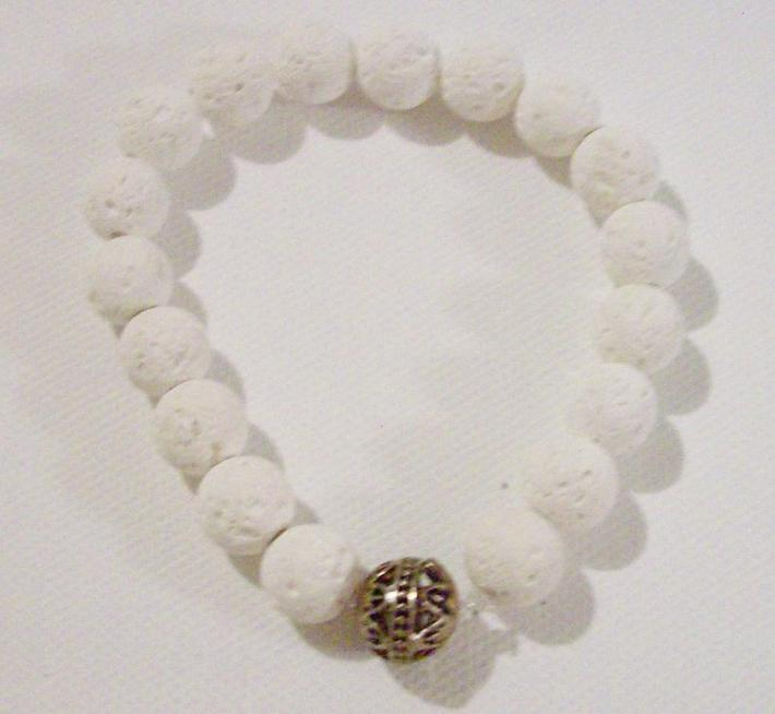 Stretch diffuser bracelet