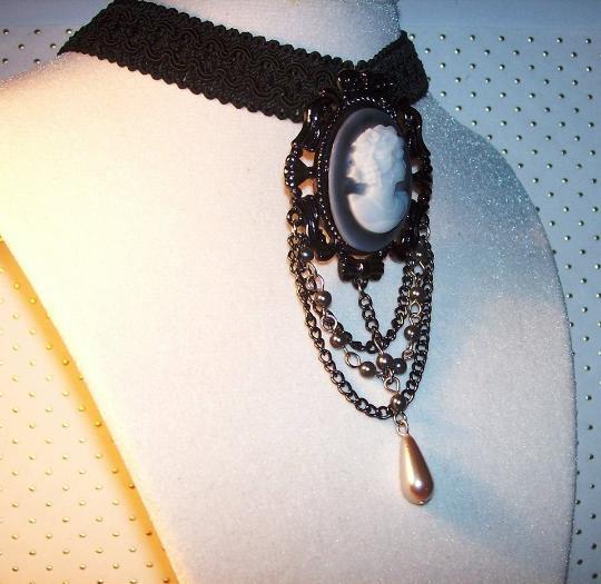 Black lace woven choker necklace