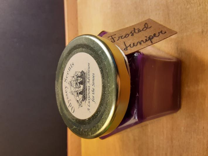 4oz Soy Container Candle Frosted Juniper