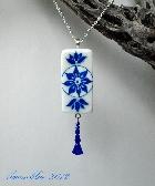 Domino Art Pendant Blue and White Art Nouveau dp0026