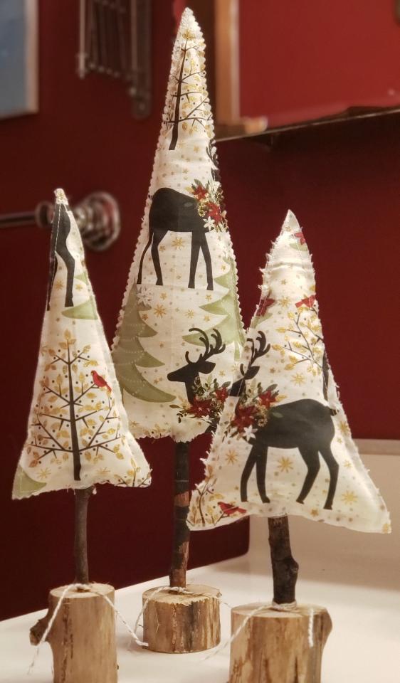 Set of 3 Rustic Christmas Trees
