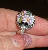 Garden of Bliss Chainmaille Ring - Lilac on Black