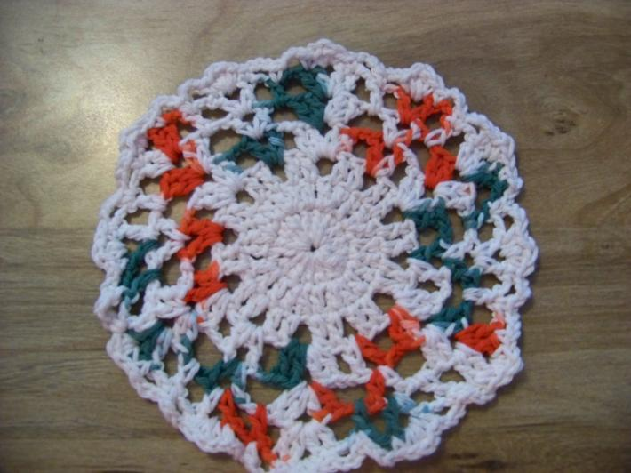 Hand Crochet Doily Set Christmas Colors with Cream on the Middle and Edge No75