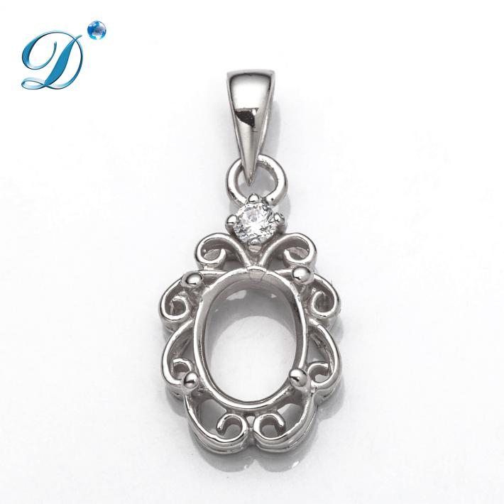 Swirls Pendant with Oval Mounting and Bail in Sterling Silver 5x7mm