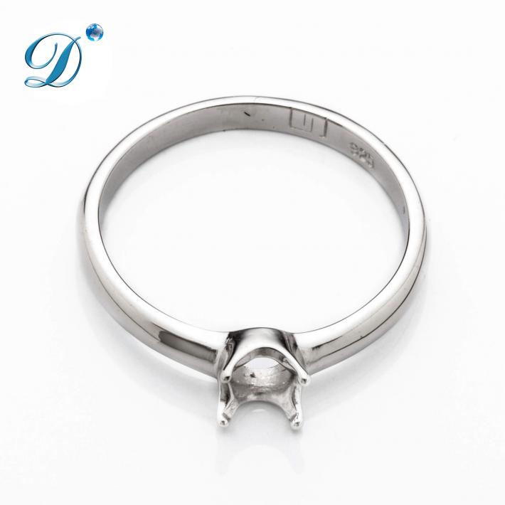 Classic Solitaire Ring with Round Setting in Sterling Silver for 5mm Round Stones