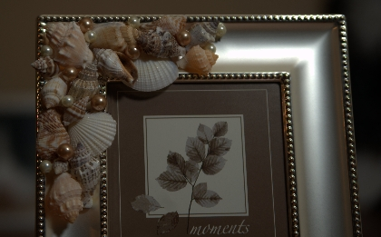 "Unique Handcrafted Silver Seashell Frame 6"" x 8"" to hold 4"" x 6"" Photo Beach Wedding Shells"