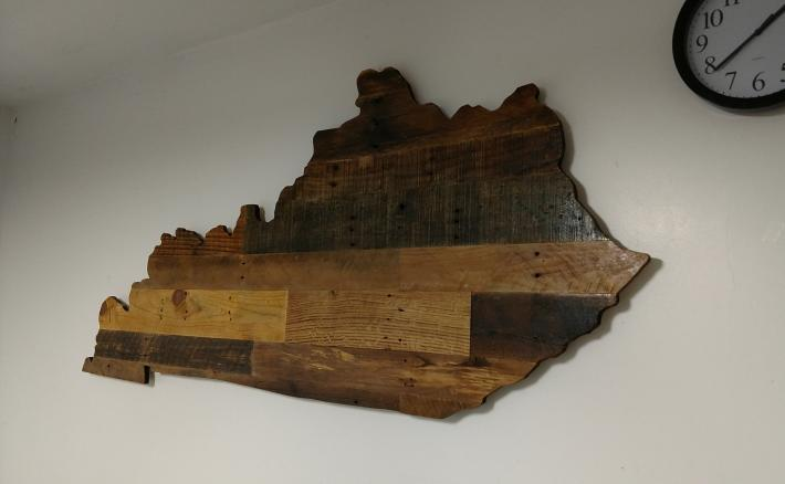 Large Rustic Wooden Kentucky State Sign
