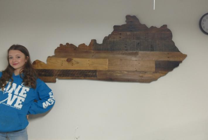 Medium Rustic Wooden Kentucky State Sign
