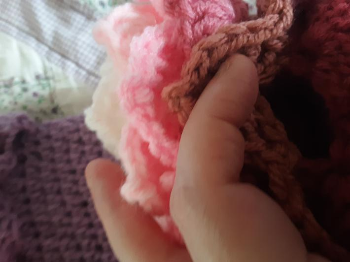 Scaled fingerless glove size small