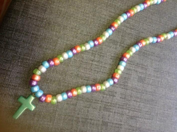 Pacific Look Beaded Jade Cross Necklace