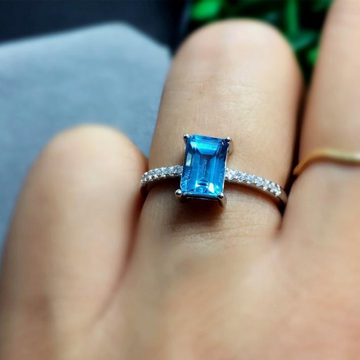 Swiss Blue Topaz Ring November BirthstoneSterling Silver Rings for Women Engagement Cocktail Wedding Ring