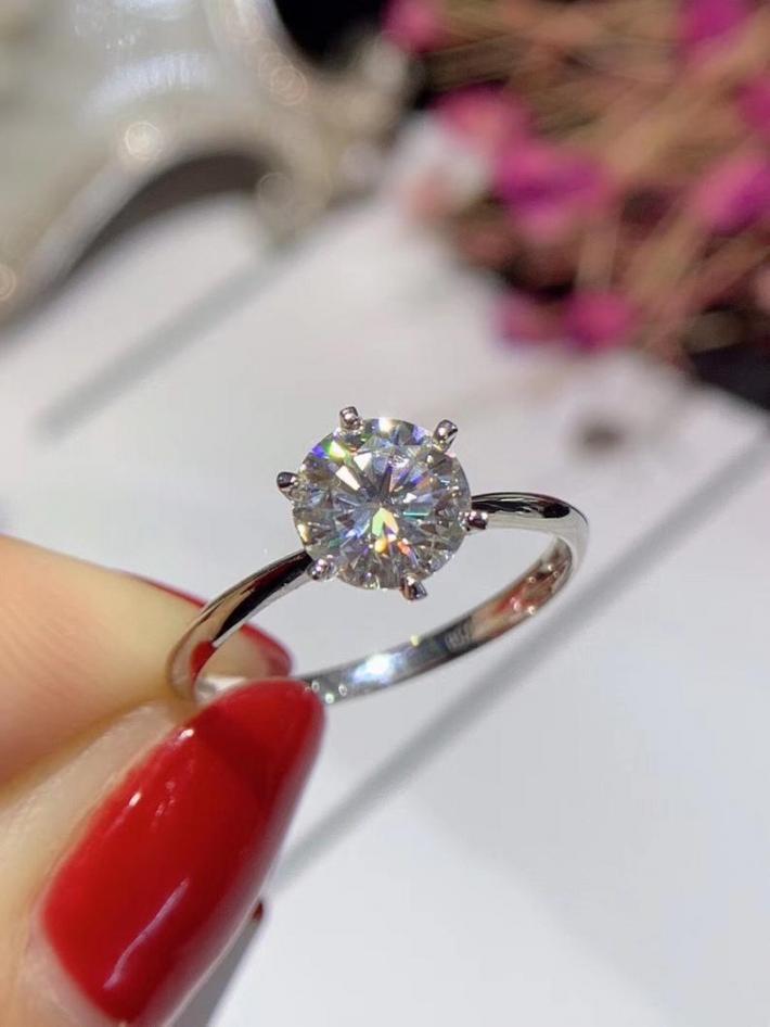 1 Carat Classic Moissanite Engagement Ring Moissanite Diamond  Solid 18K White Gold Rings for Women Handmade Engagement Wedding