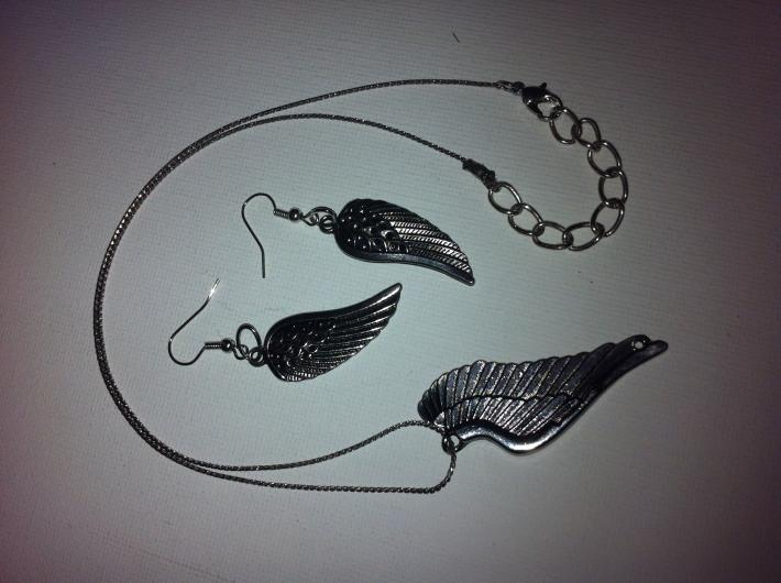 Angel wing and earrings