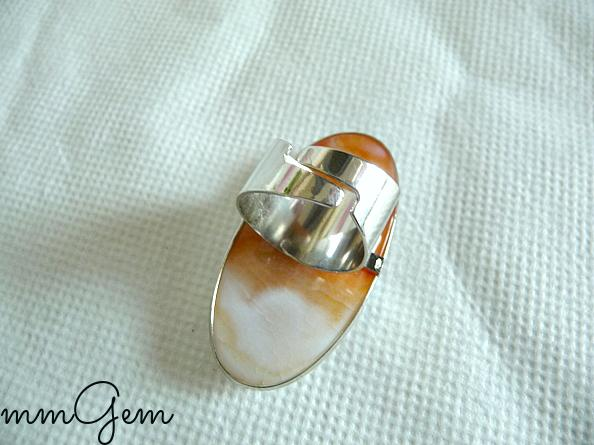 Agate ring big agate ring boho ring long ring cabochon ring white ring geode ring oval ring orange ring gemstone ring white orange