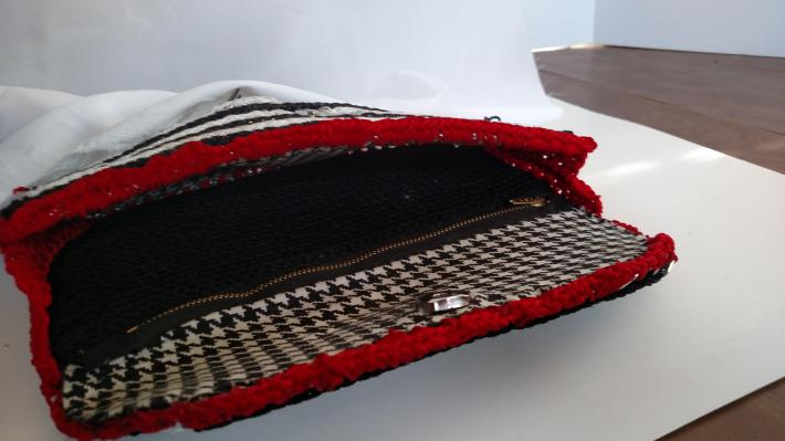 Loves Eco Crafts Clutch Purse