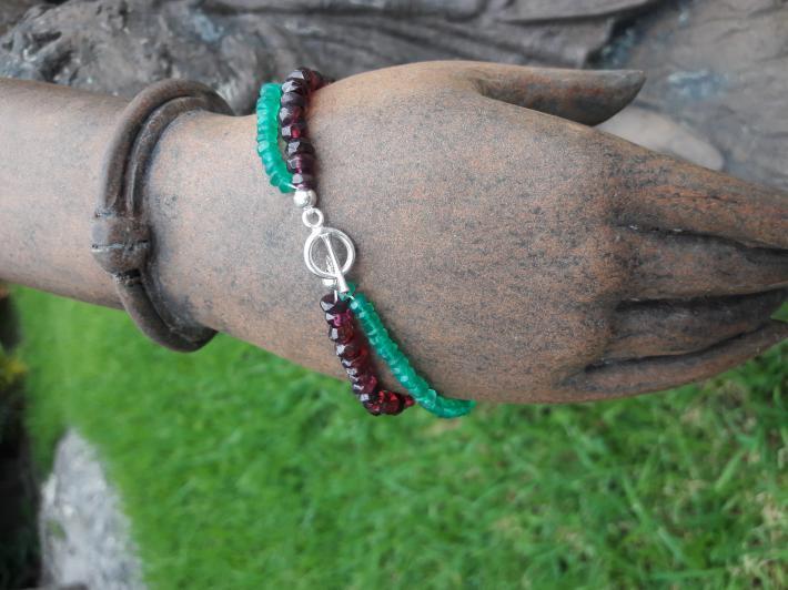Emerald garnet and Sterling Silver Bracelet