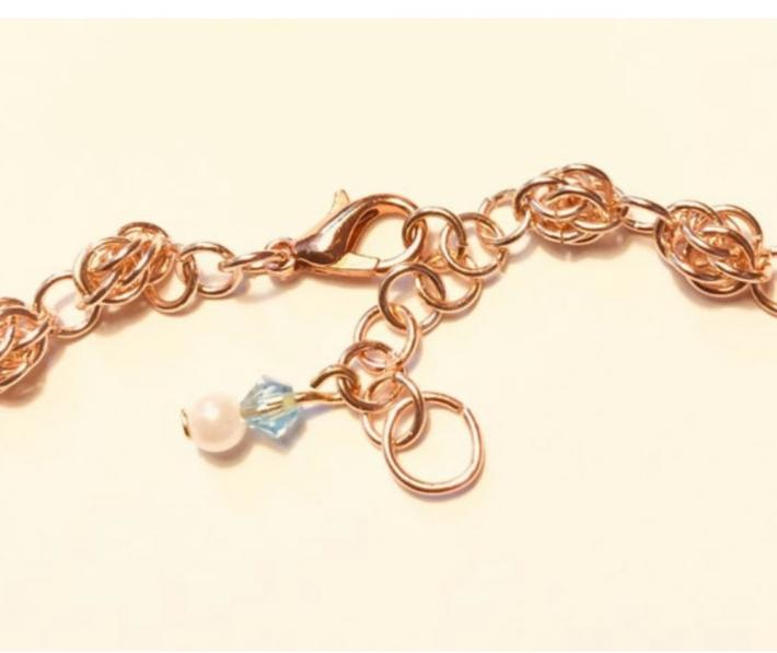 Rose Gold Sweet Pea Chainmaille Anklet with Pearls and Seashells