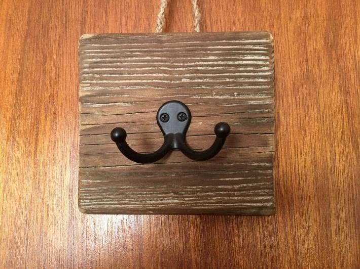 Rustic Reclaimed Barn Wood Double Coat Rack Hook