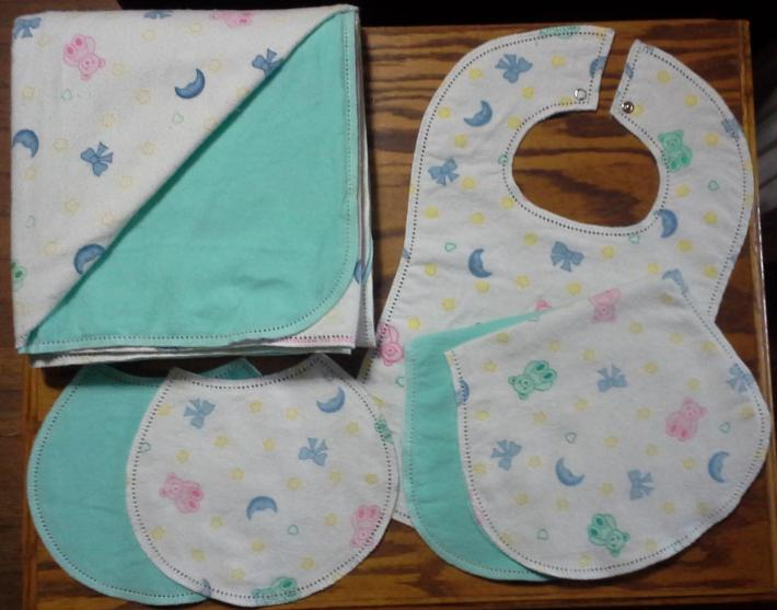 Green Teddy Bears Moon Stars Ready to Finish Hemstitched Blanket Burp Cloths and Bibs 6 Piece Set