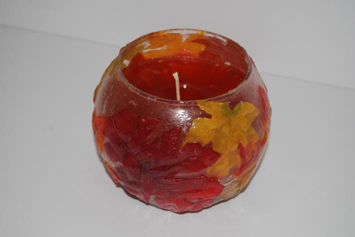 24 ounce soy wax holiday fall leaf candle