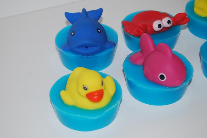 6 toy lavender childrens soaps