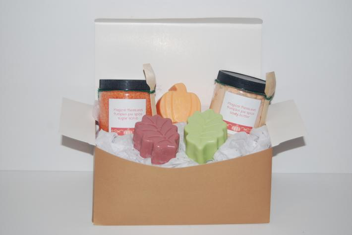 Holiday pumpkin spice bath set