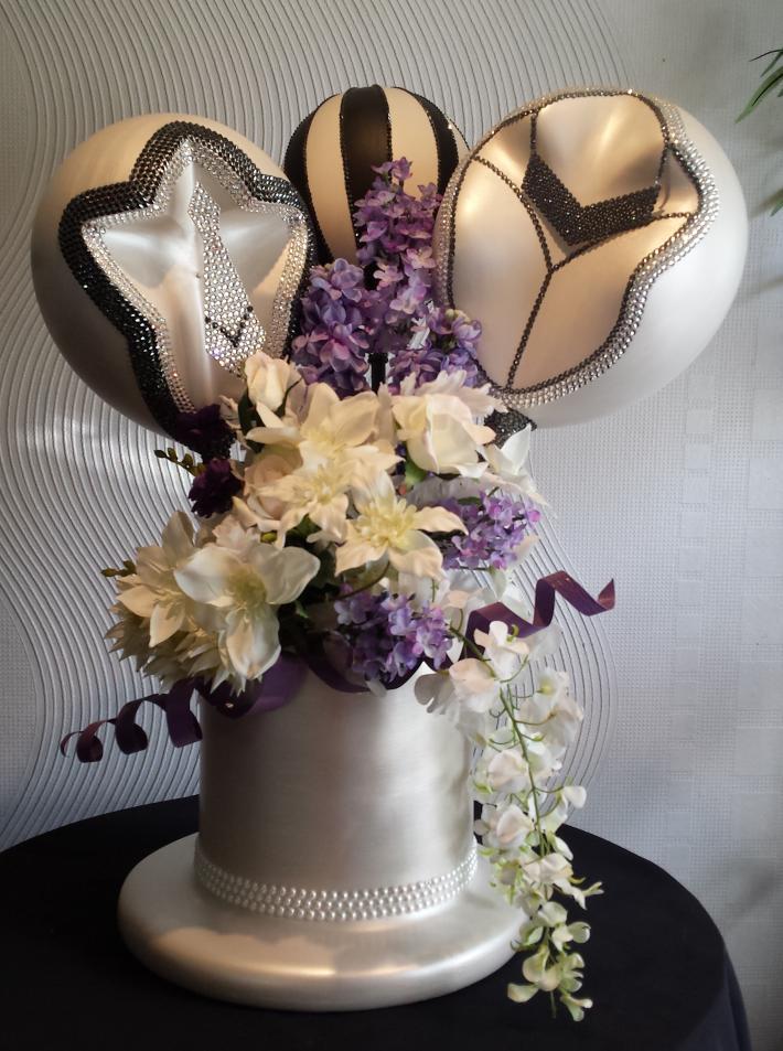 Male Female Wedding Sculpture