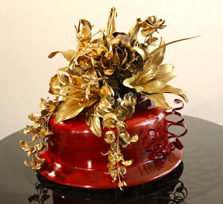 Elegant Christmas Hat Vase