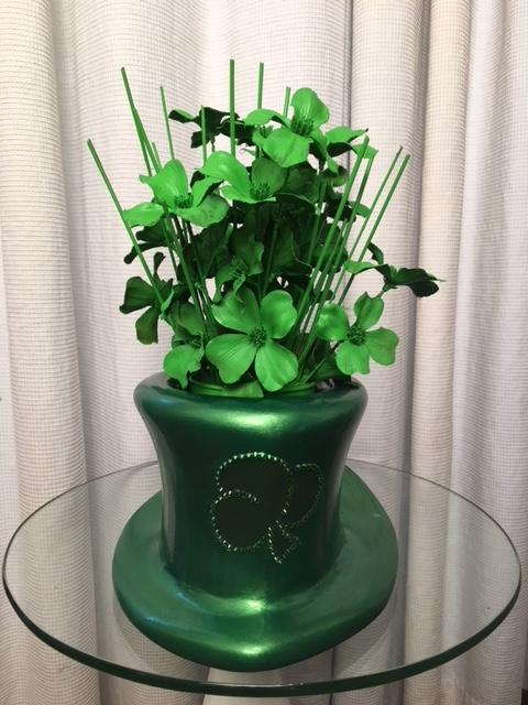 St Patricks Day Top Hat Sculptured Vase