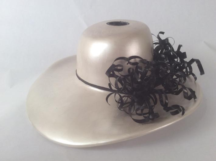 White Pearl Hat Vase with Black Wire Accents