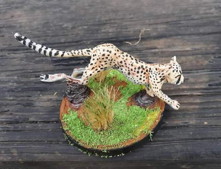 Comissioned wildlife figure art