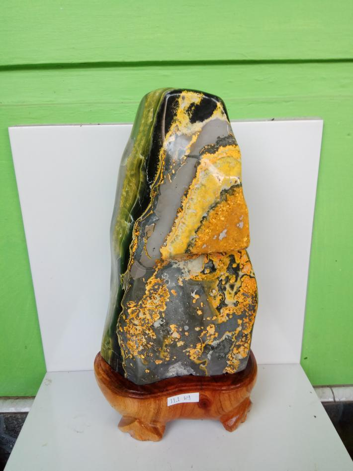 Bumblebee stone craft polished for display 11 kg